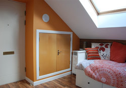 Bedroom1 Hall2