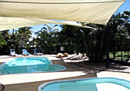 coral coast caravan park bowen whitsundays caravan. Black Bedroom Furniture Sets. Home Design Ideas