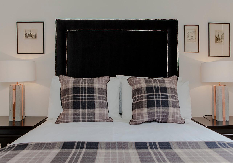 Bedroom 1 (© The Edinburgh Address)