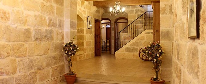 """Gozo Villa Thick Interior Walls"""