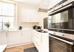 Firth View , beach front holiday home North Berwick