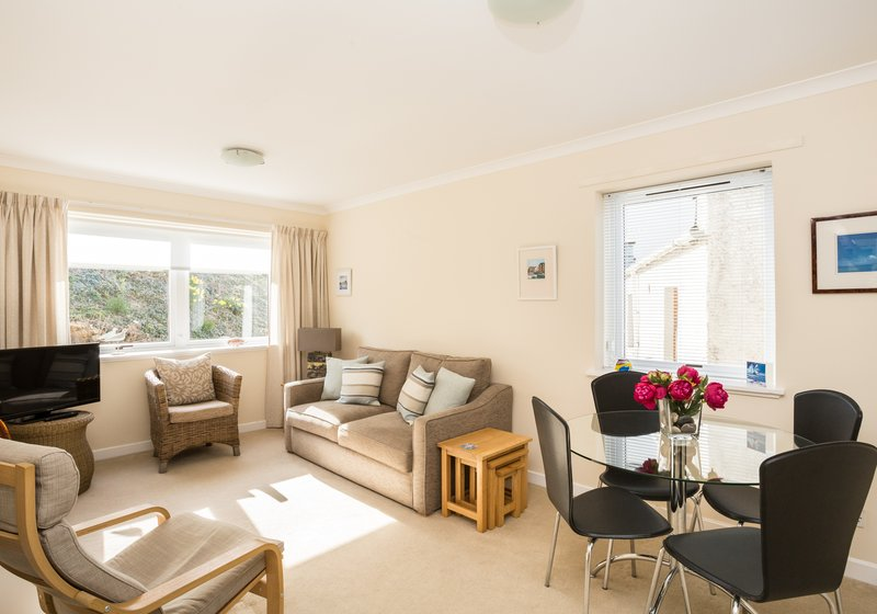 Self catering holidays - One bedroom holiday home in North Berwick (© Coast Properties)