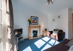 Old Tolbooth Apartment lounge