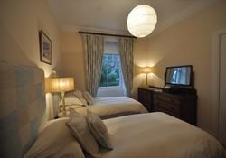 Self Catering Home in North Berwick private garden and sea views