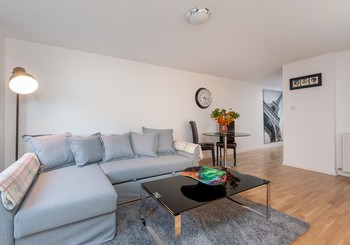WTollcross-4 - Comfortable L shaped sofa and coffee table in living room