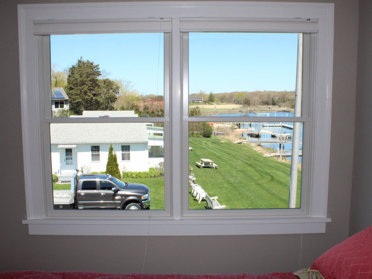 Waterfront Vacation Rental Suite 1-008