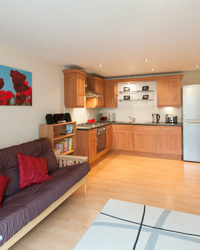 Kitchen/Dining area - The kitchen is fully equipped with large fridge freezer, cooker and microwave