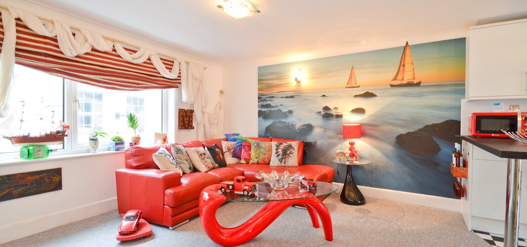 Lounge Area - Cowes - Wight Holiday Lettings - Lounge Area