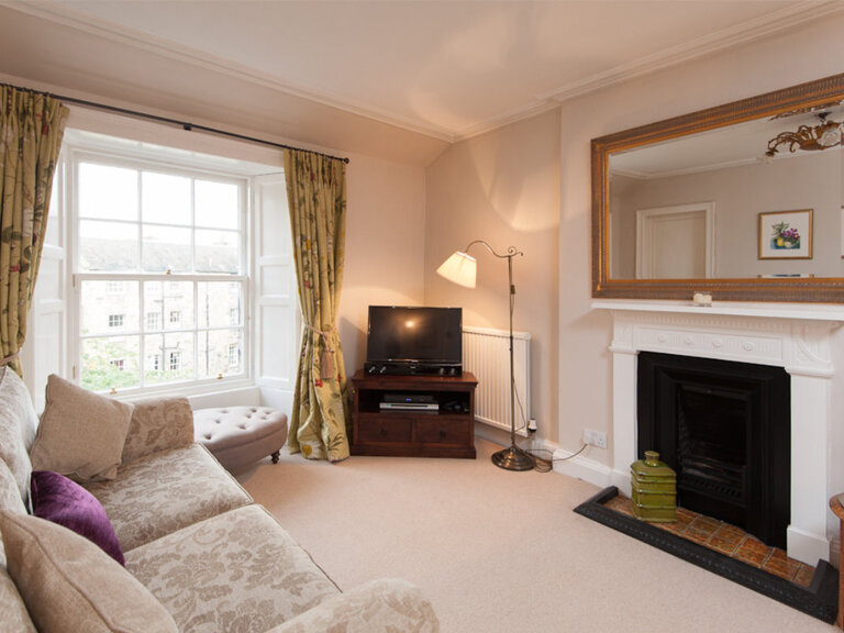 Hart Street Apartment-18 - Family living room in luxury Edinburgh holiday let