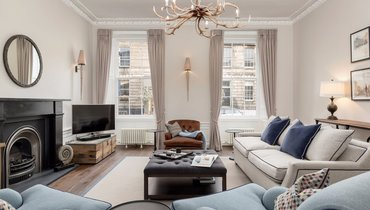 Stafford Street Townhouse Sitting Room - Beautiful Sitting Room within Edinburgh Georgian Townhouse