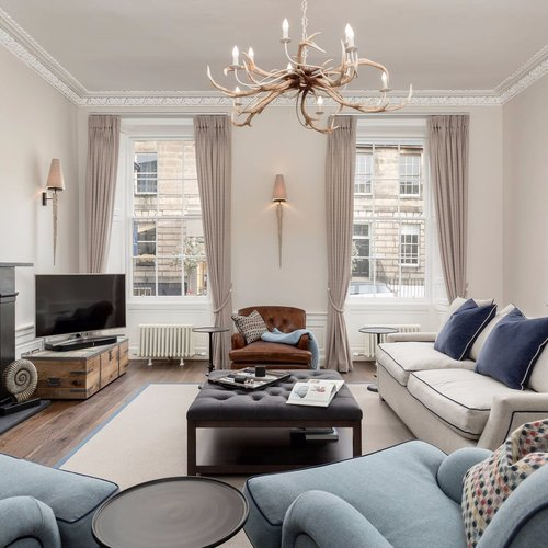 Beautiful Sitting Room within Edinburgh Georgian Townhouse