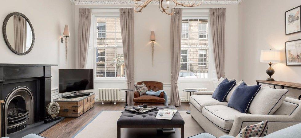 Beautiful Sitting Room within Edinburgh Georgian Townhouse