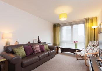 Logie Green Road Apartment-22