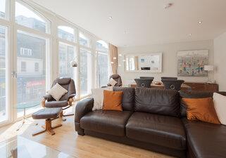 Shandwick Place Apartment 2-17
