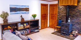 Langrick - Tranquil Home in Nethy Bridge. Wood Burning Stove