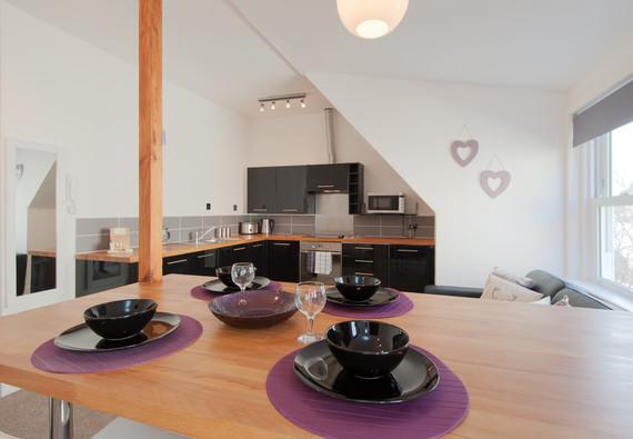 Castle Wynd Apartment-2
