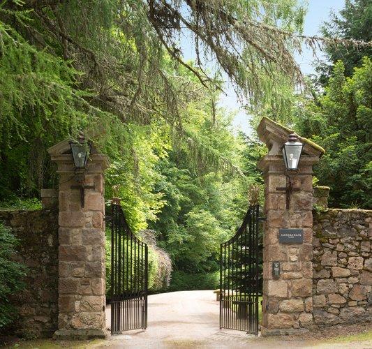 Entrance Gates (2)