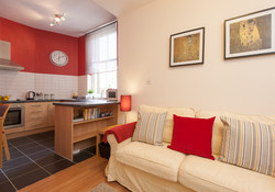 Castle Wynd South Apartment-3