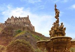 Edinburgh Castle from Ross Fountain
