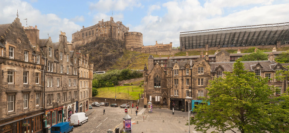 Photo of Castle View Suite 1 Old Town Edinburgh