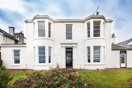 Lower Deck - Stunning seafront lower villa in North Berwick
