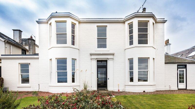 Lower Deck - Stunning seafront lower villa in North Berwick