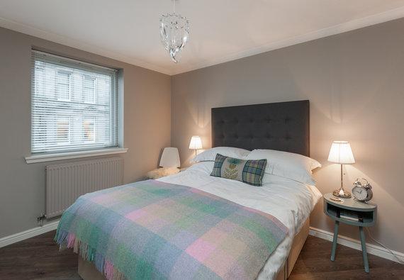 OceanDrive-17 - Modern double bedroom at Edinburgh holiday let