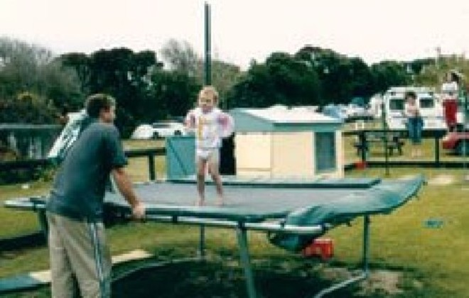 Picture of Baylys Beach Motor Camp & Holiday Park, Northland