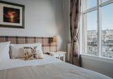 Bedroom with Views to Edinburgh Castle