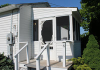 Waterfront Vacation Rental Cottage 6-003