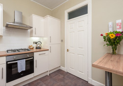 Blair St 1 Edinburgh Self Catering Ltd kitchen