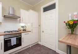 Blair St 1 Edinburgh Self Catering Ltd kitchen