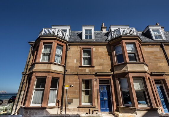 At the Beach, seaside 2 bedroom apartment , North Berwick - Welcome to At The Beach (© Coast Properties)