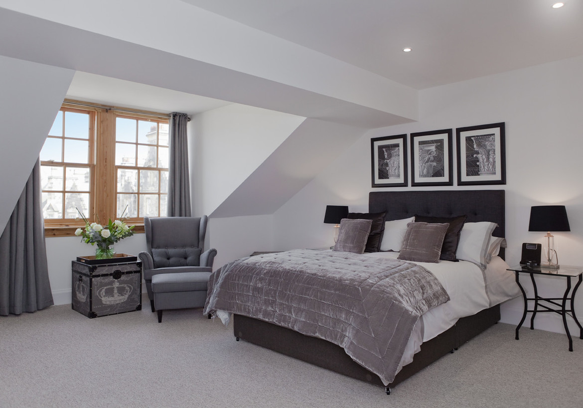 Master Bedroom With En Suite: The Penthouse @ The Royal Mile