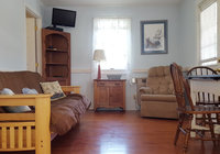 Waterfront Vacation Rental Cottage 5-017