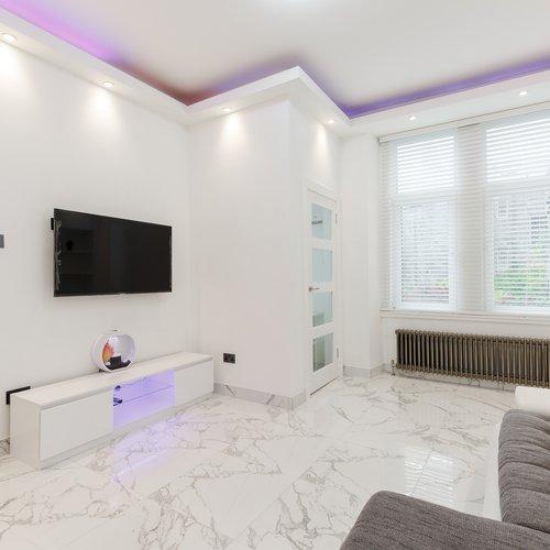 Ultra-modern open plan living area in Edinburgh holiday let