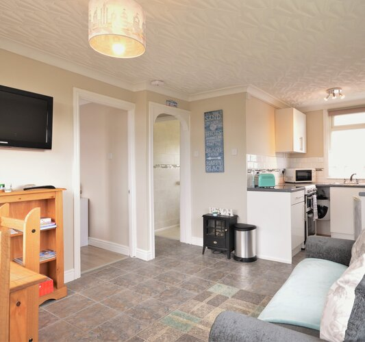Open Plan Living and Kitchen Areas - Sandown - Wight Holiday Lettings - Open Plan Living
