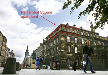 Picture of Parliament Square, on Royal Mile, 300 metres from Edinburgh Castle, Lothian, Scotland - View of building