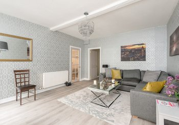 Cumberland Street No.1 1 - Light airy living room with sumptuous sofas and hand picked art work