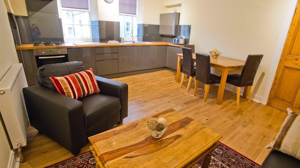 Edinburgh Castle apartment