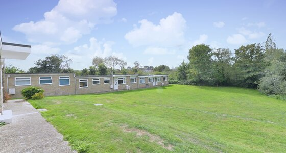 Communal Grounds - Sandown - Wight Holiday Lettings - Communal Grounds