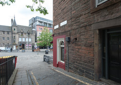 Castle Wynd South Apartment-18