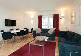 Edmonstone Close Apartment-21
