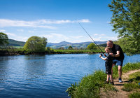 2019-05-17 Dad and son fishing (2)