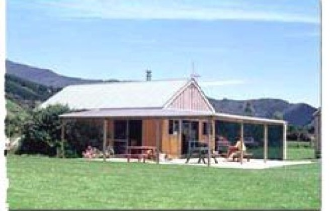 Picture of Smiths Farm Holiday Park, Marlborough