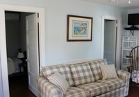 Waterfront Vacation Rental Cottage 4-011