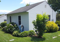 Waterfront Vacation Rental Cottage 5-003