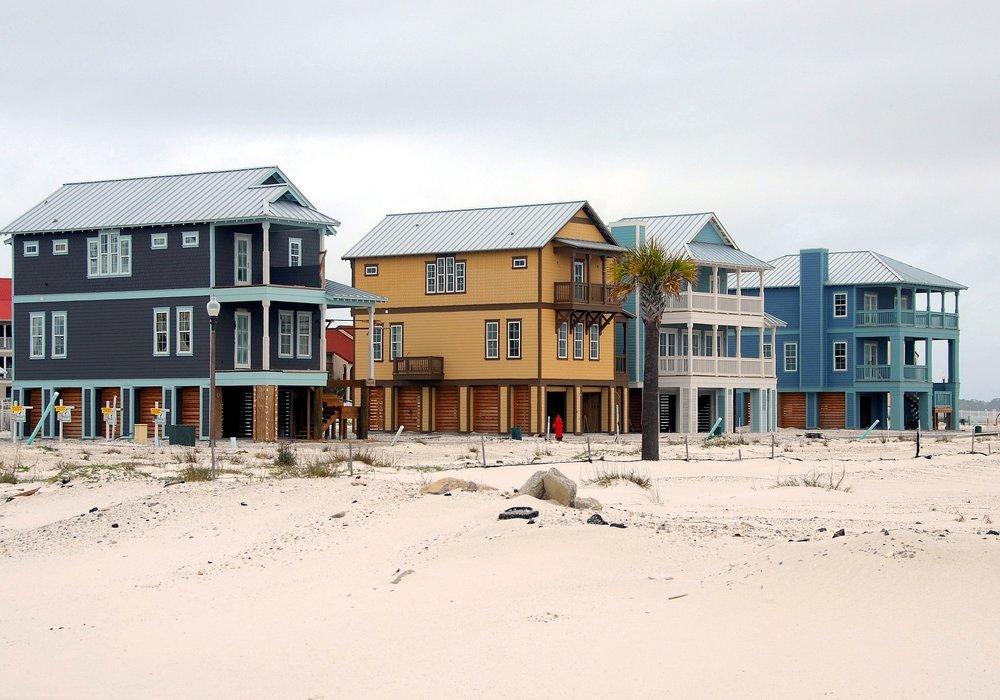 Coast life - Traditional maritime homes (© https://pixabay.com)