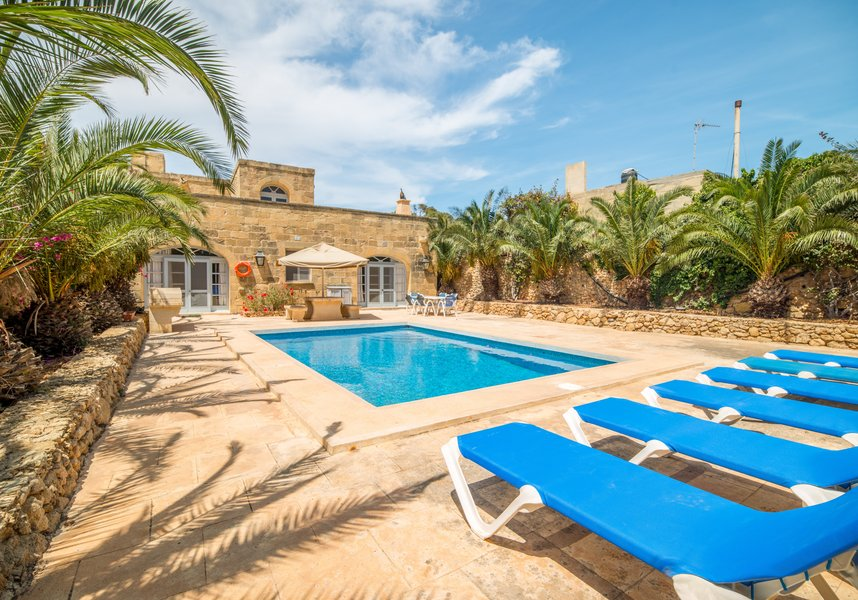 Swimming Pool in Gozo villa