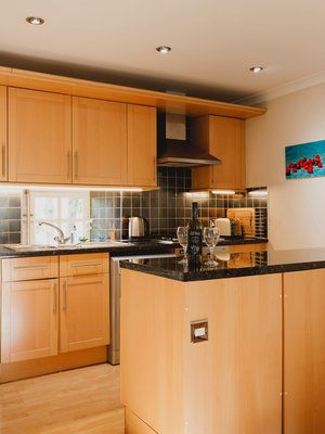 Kitchen - Fully equipped modern fitted kitchen with dishwasher, washer/dryer, fridge and freezer